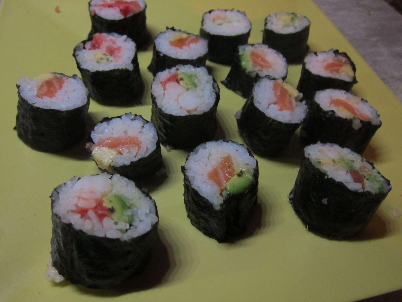 recette sushi maki sur quand nadj cuisine blog de cuisine de nadj. Black Bedroom Furniture Sets. Home Design Ideas