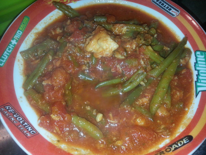 Haricots verts à la tomate, au thon et au bacon COOKEO