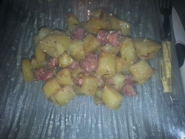 Pommes de terre sautées et ses petites saucisses COOKEO