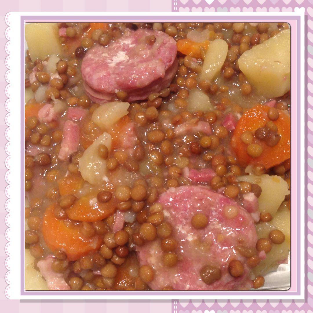 Recette lentilles carottes au saucisson cookeo sur vos - Cuisiner lentilles seches ...