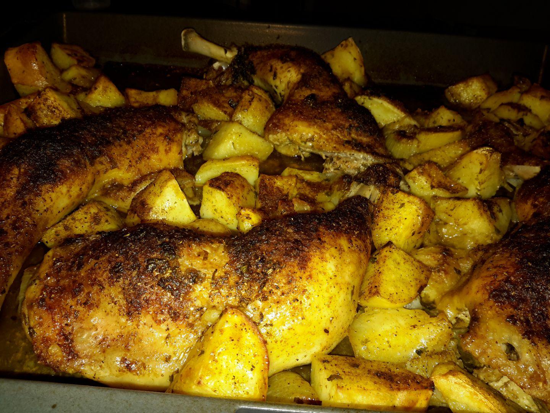 recette cuisse de poulet et pommes de terre au four sur crousti blog de cuisine de vininii. Black Bedroom Furniture Sets. Home Design Ideas