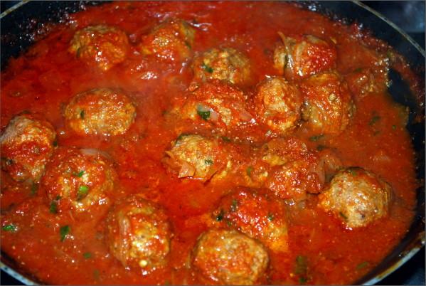 recette boulettes sauce tomate cookeo sur la cuisine de. Black Bedroom Furniture Sets. Home Design Ideas