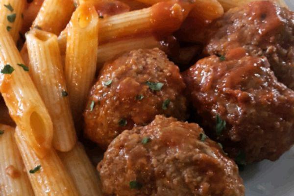 Recette Boulettes de boeuf sauce tomates