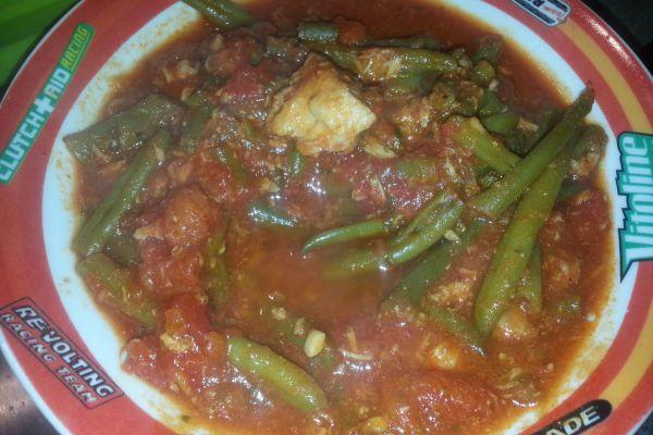 Haricots verts à la tomate _ thon _ bacon COOKEO