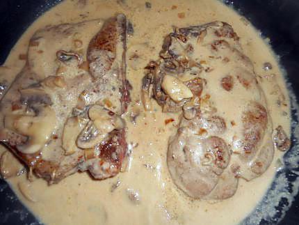 Recette Côtes de porc à la crème fraîche COOKEO