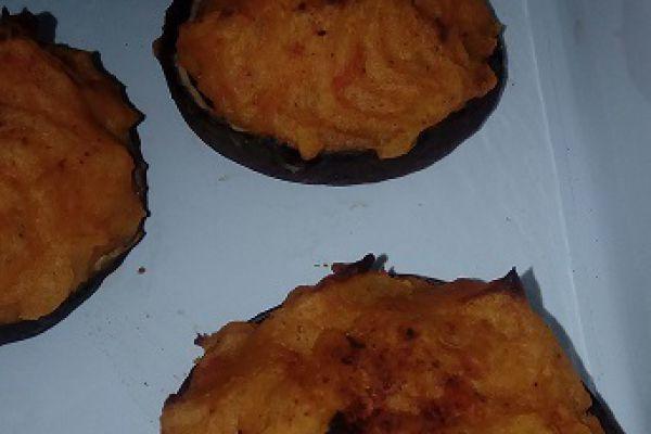 Recette CHAMPIGNONS FARCIS à la purée de POTIMARRON (cookéo)