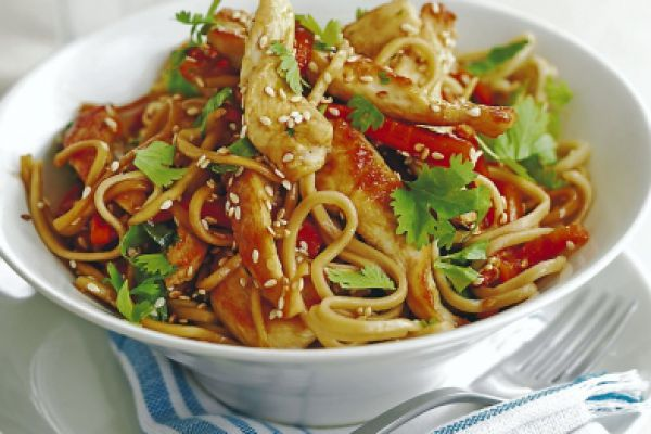Recette Chine -- Nouilles chinoise sautées au wok