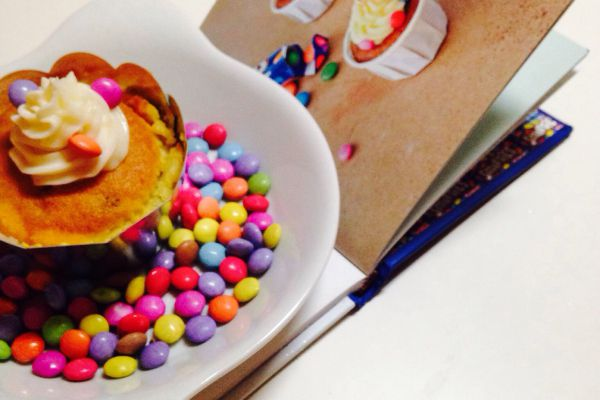 Recette cupcakes au framboise et smarties