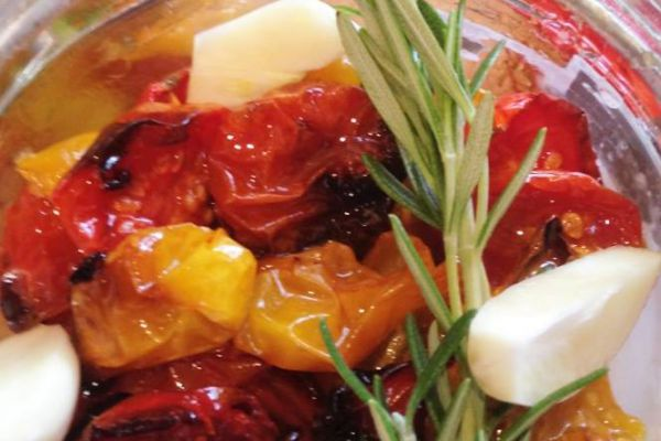 Recette Tomates confites au romarin