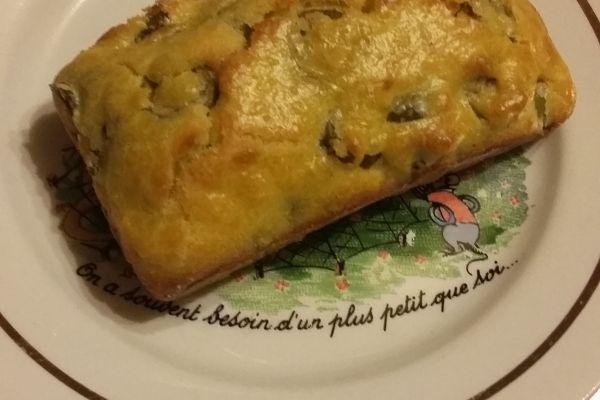 Cakes aux olives vertes et aux amandes