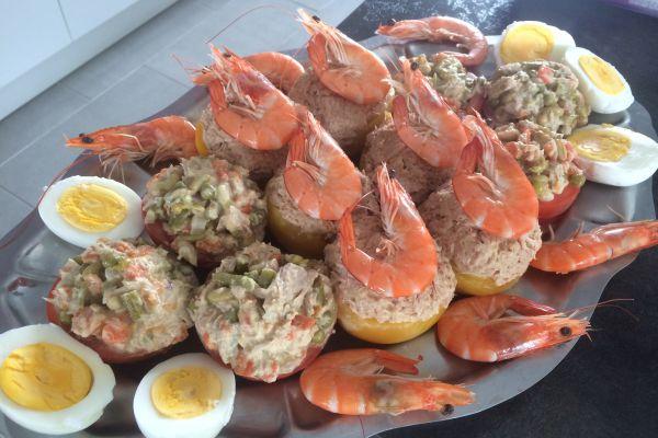 Recette Pêches au thon et tomates macédoine