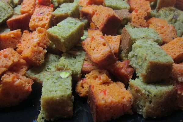 Cake pesto et pistaches