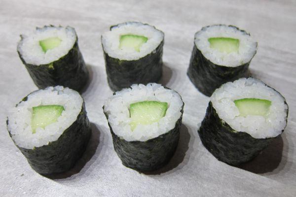 Recette Hosomaki sushi (ou maki au concombre)