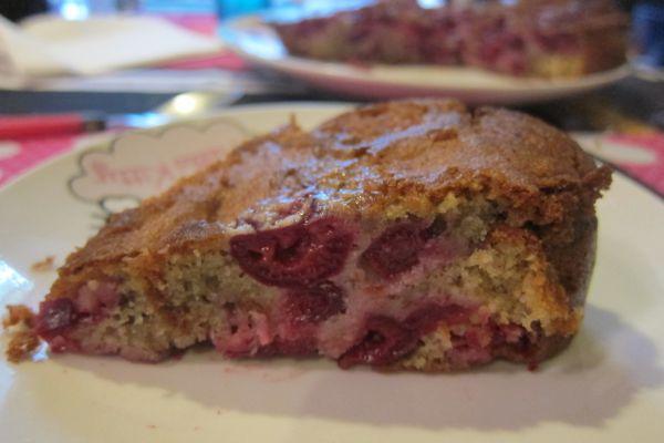 Recette Gâteau cerises et amandes