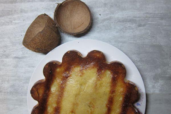 Recette Gâteau flan à la noix de coco fraiche