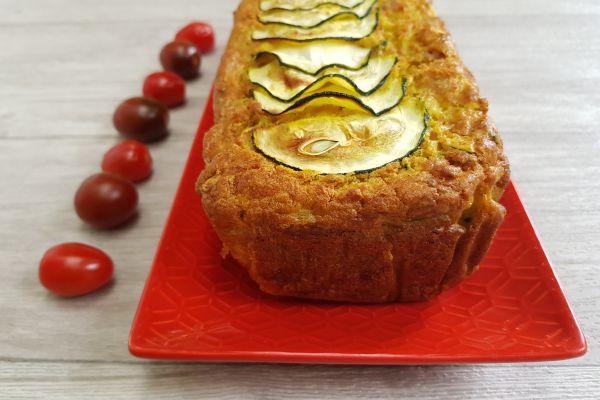Cake salé courgette, oignon et jambon