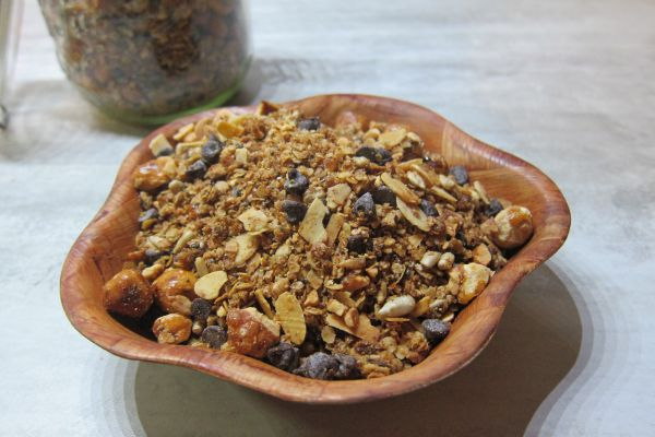 Céréales maison (granola) - Avoine et noisettes caramélisées
