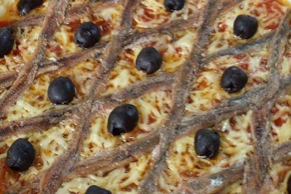 Recette tarte à la tomate ,oignons et anchois