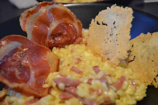 Recette Risotto à la mozzarella de Bufflone et chips de pancetta