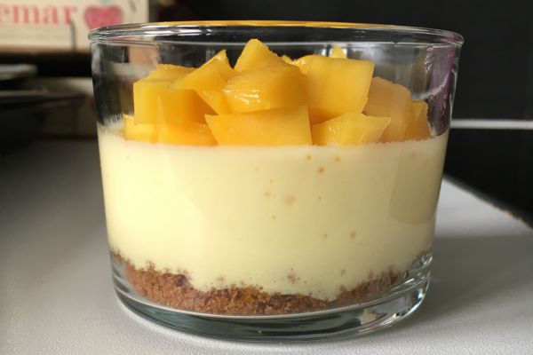 Recette Mousse fruits de la passion/spéculos/mangue