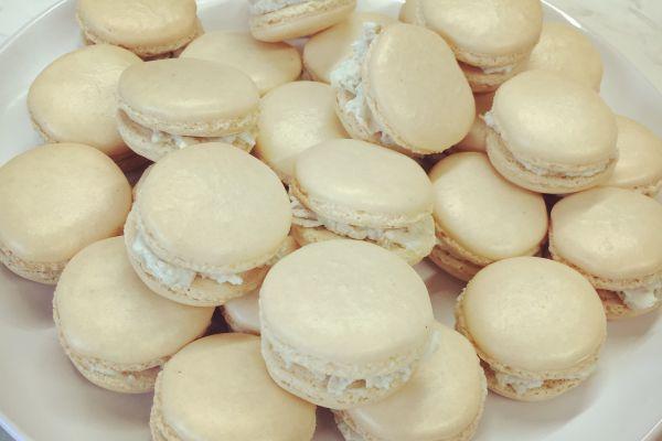 Macarons roquefort/noix