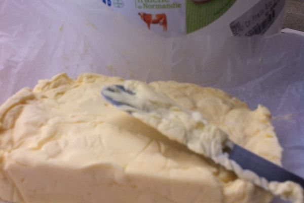 La recette ultra simple du beurre maison