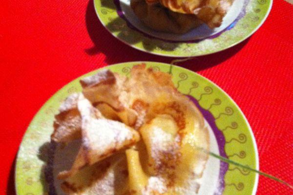 Aumônières bananes-confiture de lait aux amandes effilées