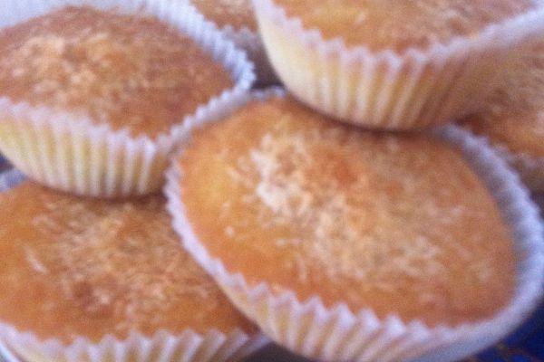 Recette Petits muffins au citron et fruits confits