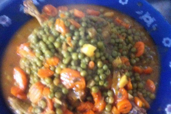 Recette Tagine poulet fermier au citrons confits,petits pois carottes