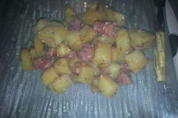 Recette Pommes de terre sautées et ses petites saucisses COOKEO