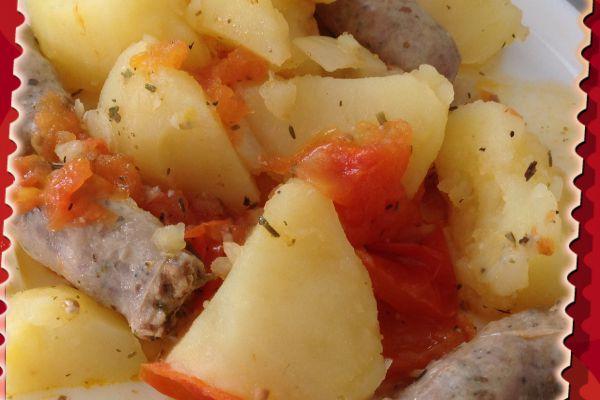 Recette Pommes de terre, tomates et saucisses au Cookeo