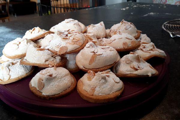 Recette Monts aux amandes (biscuit de Noël )