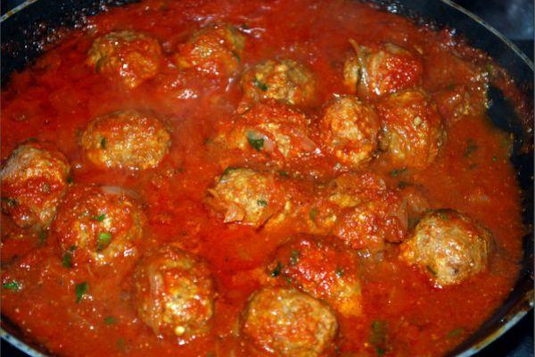 Recette Boulettes a la viande sauce tomate