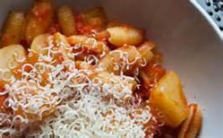 Recette Pasta e patate rossa