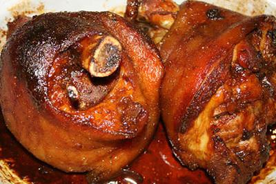 Jarret de porc laqué