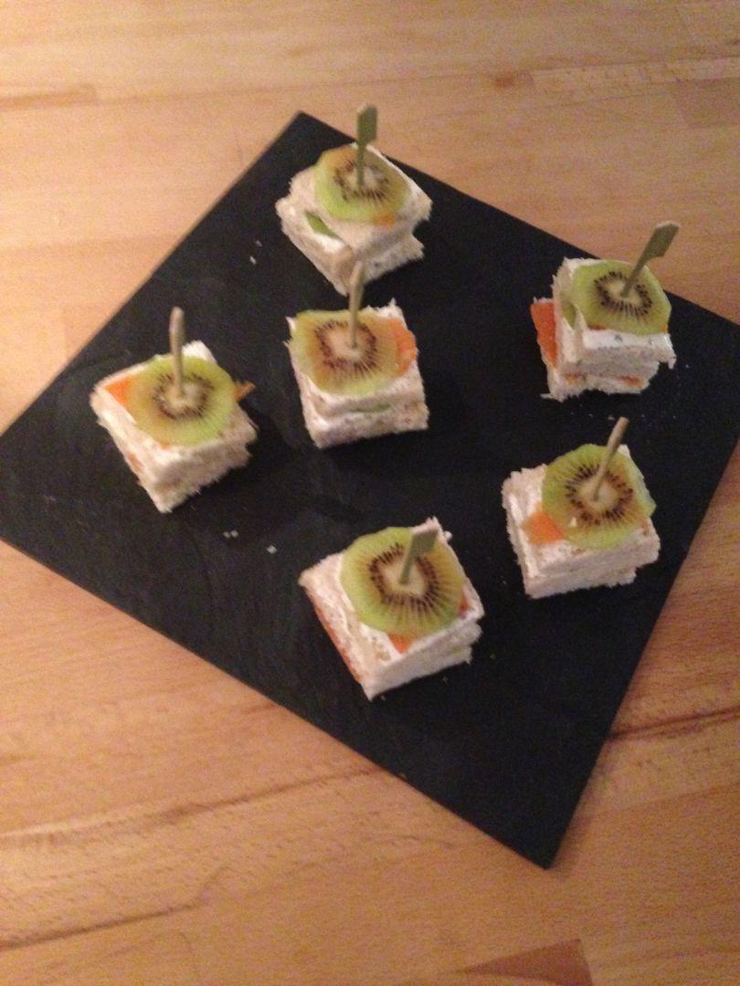 Recette Toasts saumon kiwi sur En Qi'zine!! - Blog de ...