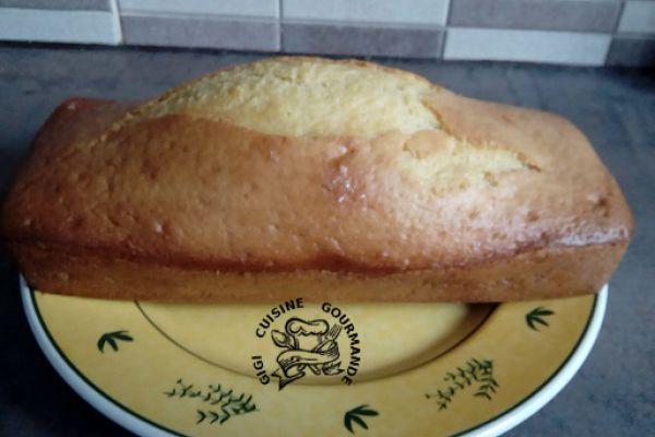 Recette cake au yaourt entier et à la fleur d'oranger (thermomix)