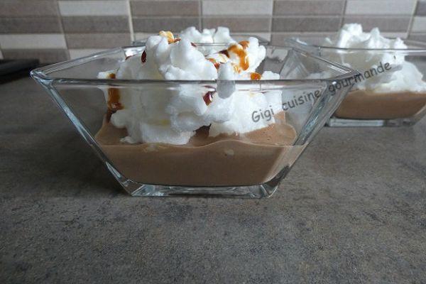 Iles flottantes au chocolat au sirop de fleurs de cocotier