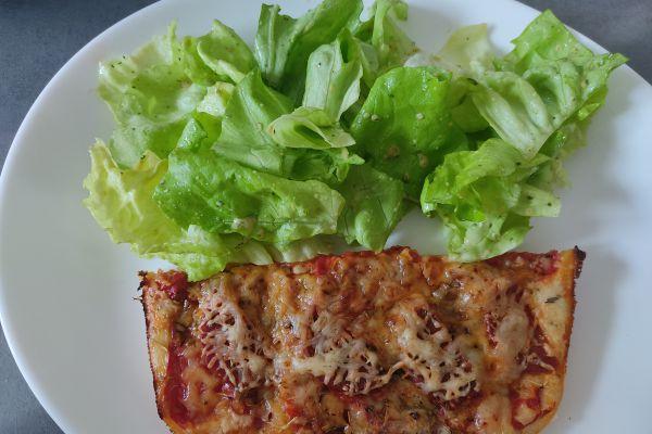 Recette Pizza tomates du jardin et chorizo au cake factory