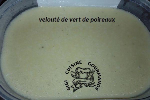 Recette VELOUTE DE VERTS de POIREAUX au thermomix