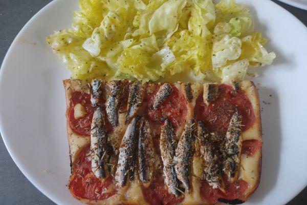 Pizza liquide tomates et d'anchois (ccpro et cake factory)