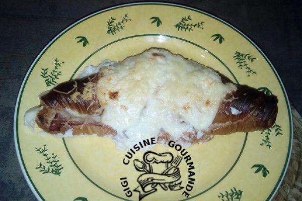Recette croissants farcis jambon, gruyère et béchamel (thermomix)