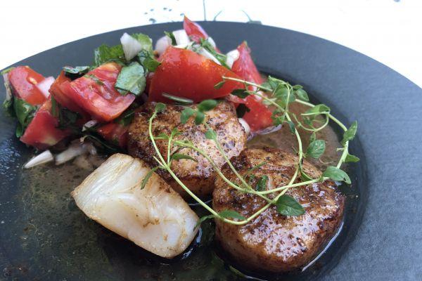Recette Pétoncles de Boston et salade de tomates