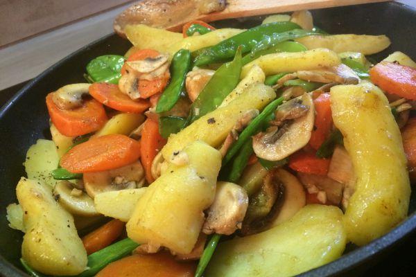 Recette Poêlée de légumes et pommes de terre