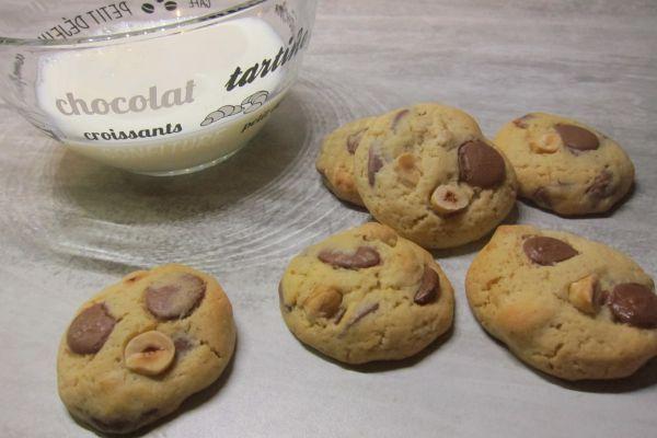 Recette Cookies noisettes et chocolat au lait