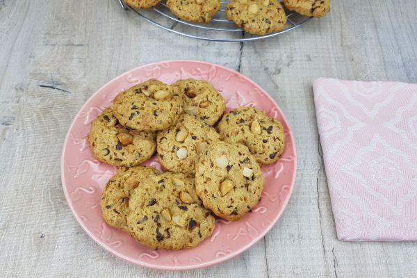 Recette Cookies complets aux flocons de céréales et noix de macadamia