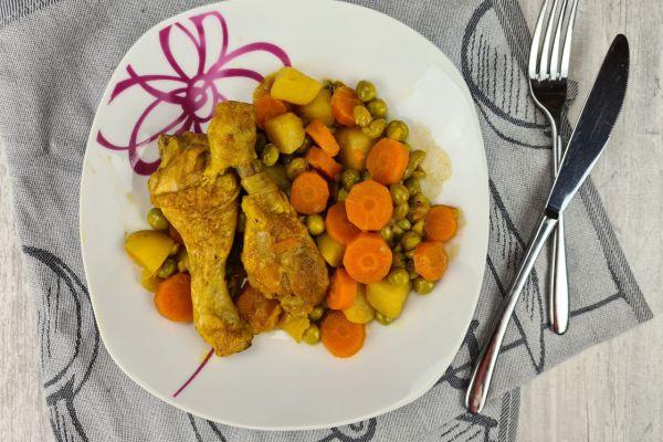 Recette Plat mijoté aux petits-pois, carottes, p. de terre et poulet