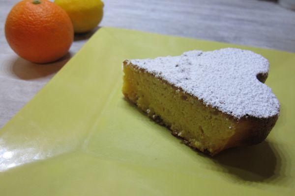 Gâteau aux amandes, oranges et citron