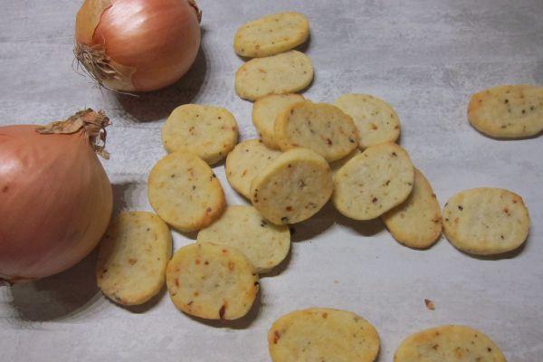Recette Biscuits salés aux oignons