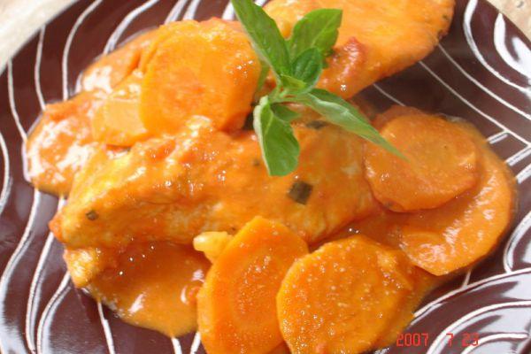 Poulet à la tomate crème et vin blanc
